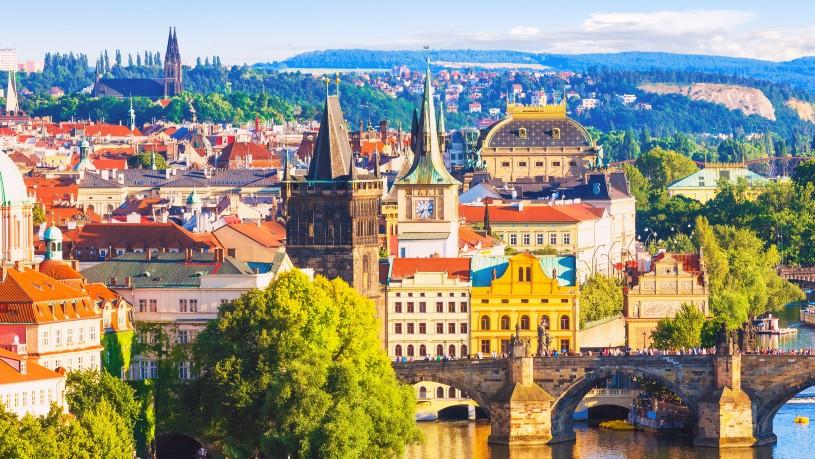 praga cehia city break vancanta rezervare oferta cazare bilet de avion mic dejun excursie