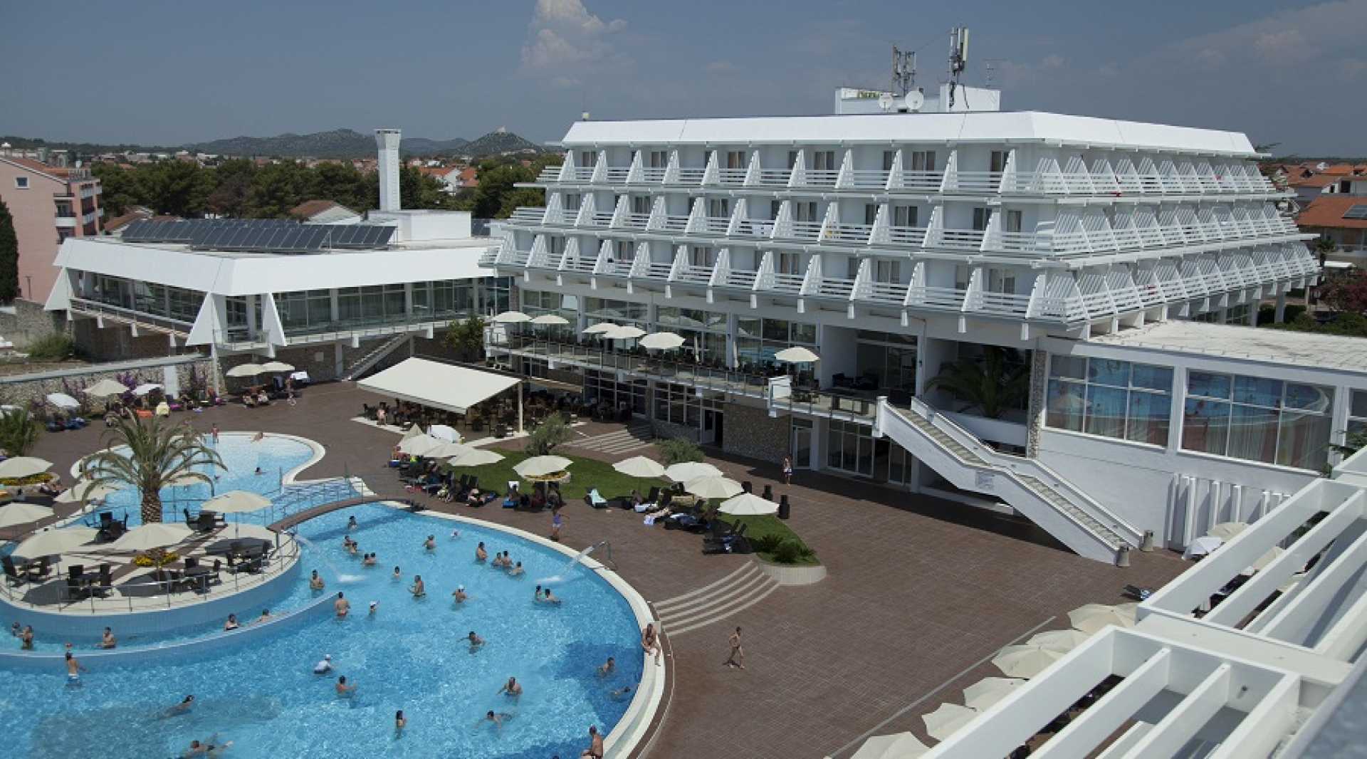 Ovi Travel  Charter Croația  Split Hotel Olympia 4. The Lygon Arms Hotel - Puma Hotels' Collection. Marbella Playa Hotel. JAL Private Resort Okuma. Fiesta Americana Reforma Hotel. Marine Court Hotel. Janfusun Prince Hotel. Eburon Hotel. The Terrace Hotel